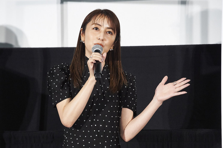矢田亜希子<映画『砕け散るところを見せてあげる』公開記念舞台挨拶>新宿ピカデリー(2021年4月10日)