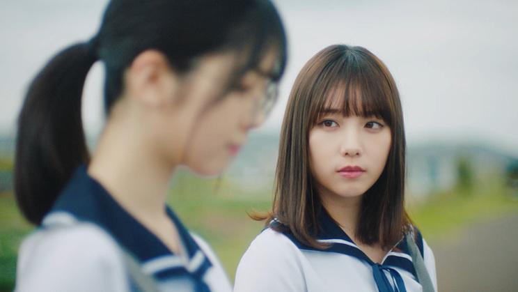 乃木坂46「ざぶんざざぶん」MVより