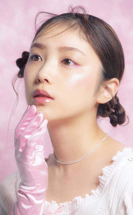 与田祐希(乃木坂46)『bis』7月号(光文社)