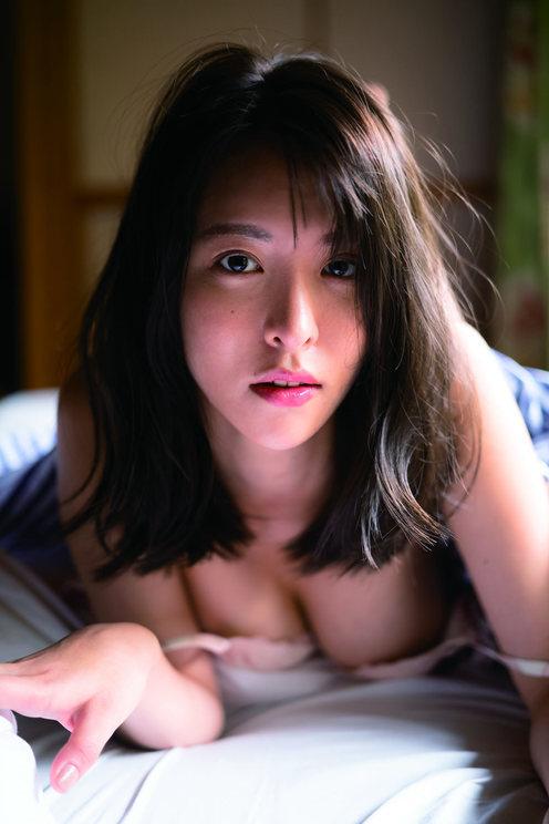 奈月セナ((C)LUCKMAN/講談社)