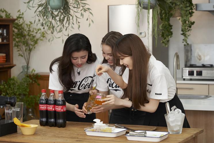 『夏の!「Coke mix」チャレンジ』動画メイキングカット