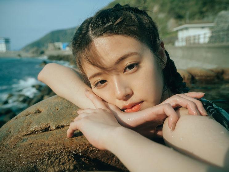 鈴木ゆうか『ゆうペース』先行カット((C)神戸健太郎)