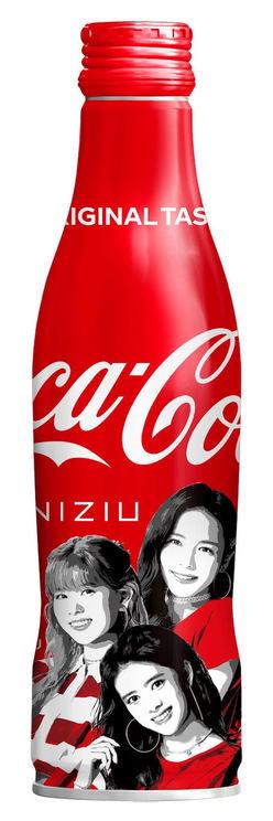 『コカ・コーラ』スリムボトルNiziUデザイン(MAYA、RIKU、RIMA)
