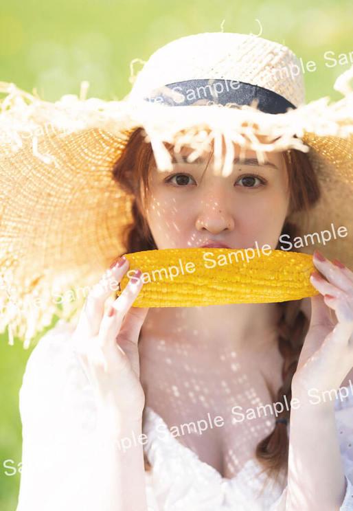 乃木坂46 渡辺みり愛 1st写真集『消極的な華やかさ』ポストカード(タワーレコード限定)
