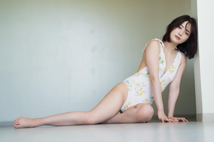 新谷姫加(©YOROKOBI/週刊プレイボーイ)