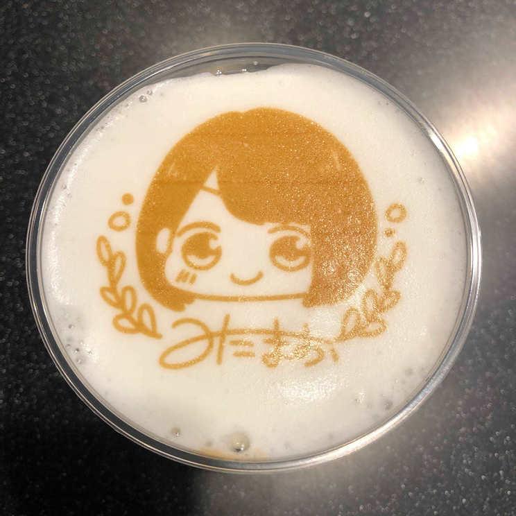 花のれんタリーズコーヒー×<三田麻央展「なかみ」>