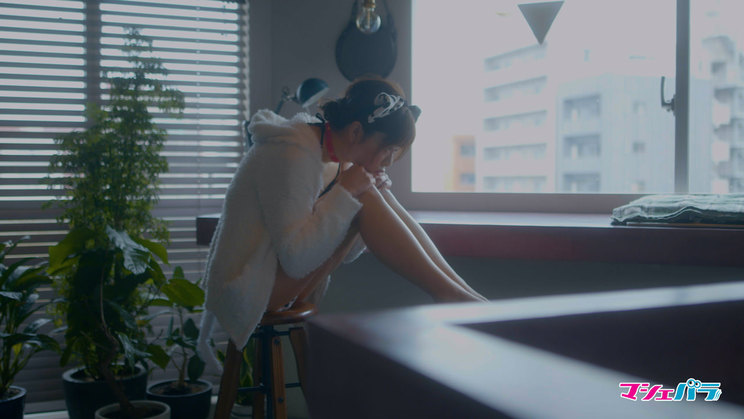 青居宝『【Webグラビア】JAPANESE GIRLS | CINEMATIC VLOG』より