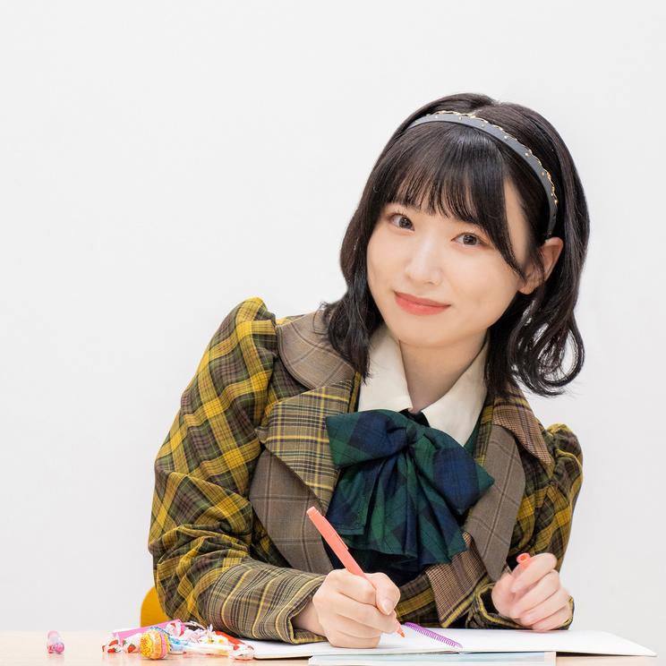AKB48 久保怜音(©あの子のとなり展/撮影:ヤマダユウカ)