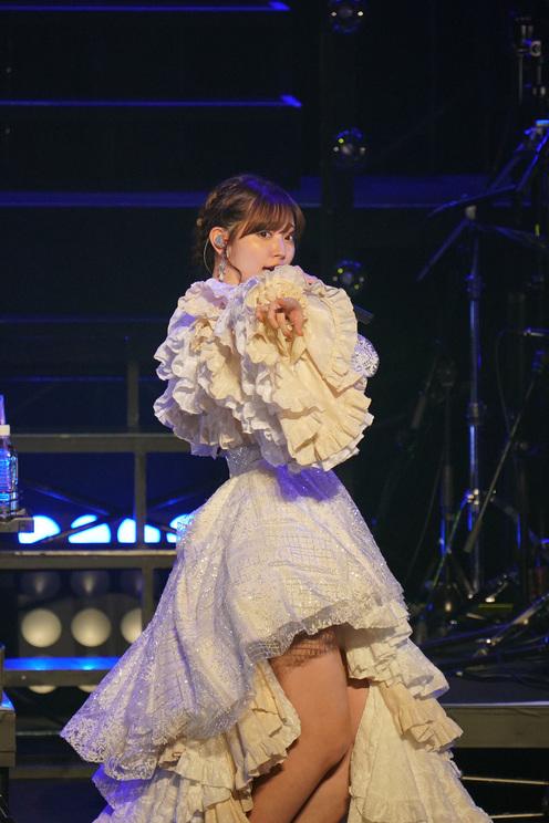 <鈴木愛理 LIVE 2021~26/27~> 2021年10月13日(水)日本武道館