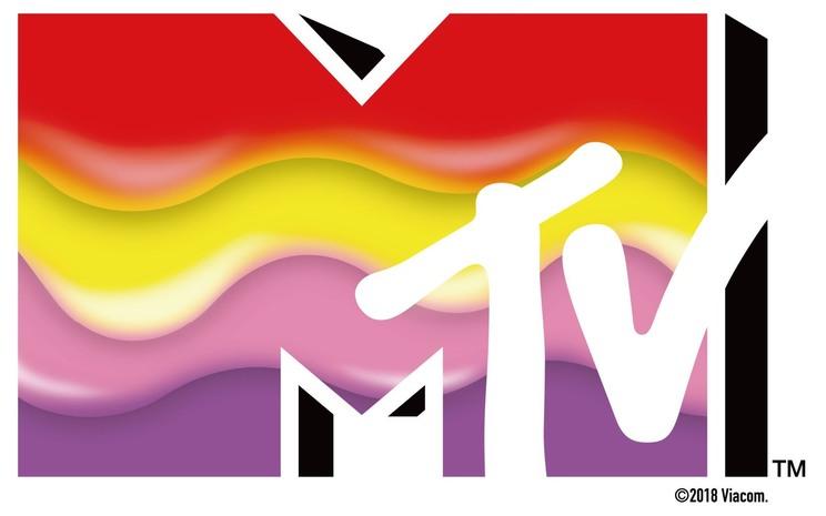 封入特典のMTV&ももいろクローバーZコラボロゴステッカー