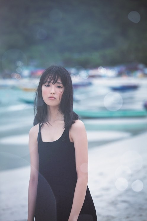 『大友花恋3rd写真集「Karen3」』東京ニュース通信社刊