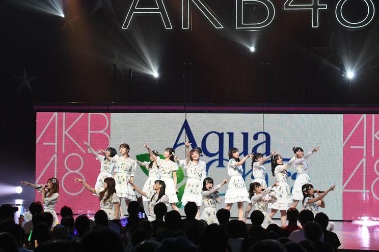 <AKB48全国ツアー2019〜サプライズでしあわせお届け!AKB48×アクアクララ〜コンサート>