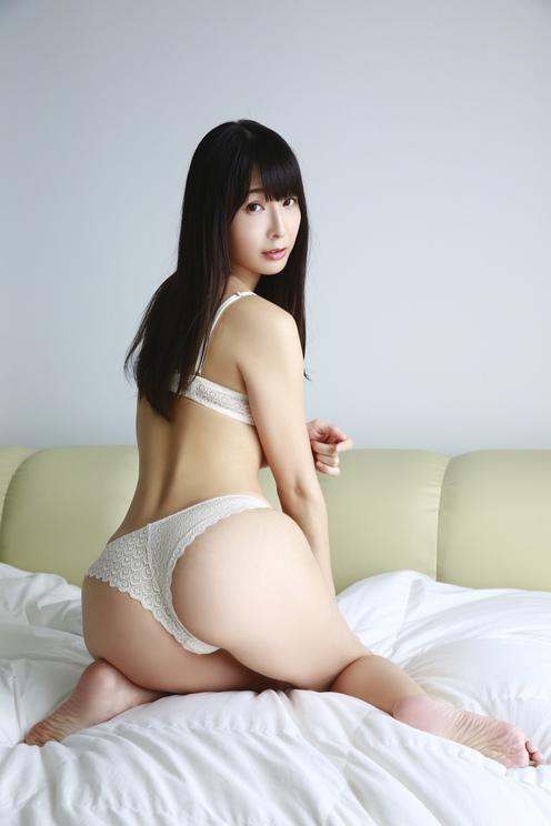 川崎あや(C)中山雅文/ヤングアニマル