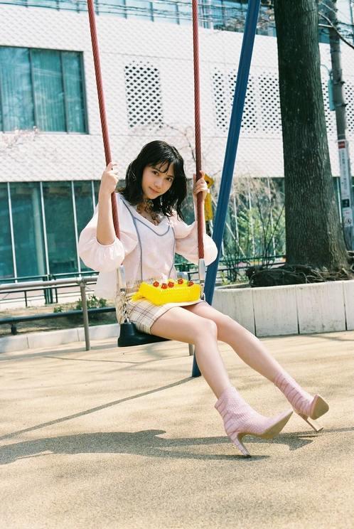 桃月なしこ©︎Shiori Ikeno/bis