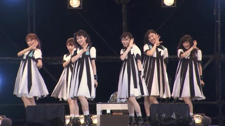 """私立恵比寿中学""""エビ中ロードショー""""最新ライブ映像より"""
