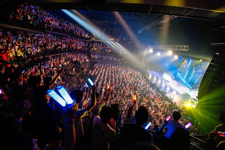 <i☆Ris 6th Anniversary Live ~Lock on♡ 無理なんて言わせないっ!~>