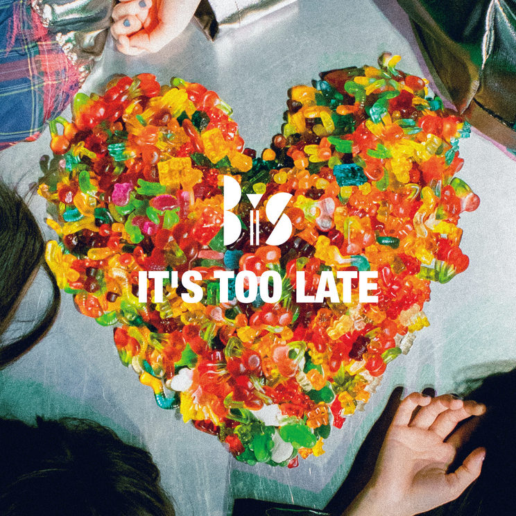 BiS「IT'S TOO LATE」配信用ジャケット