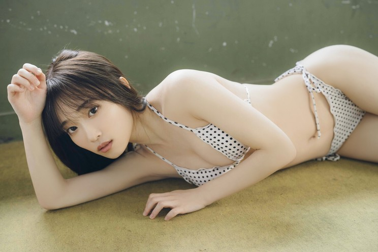 『B.L.T.7月号』(東京ニュース通信社刊)撮影:カノウリョウマ