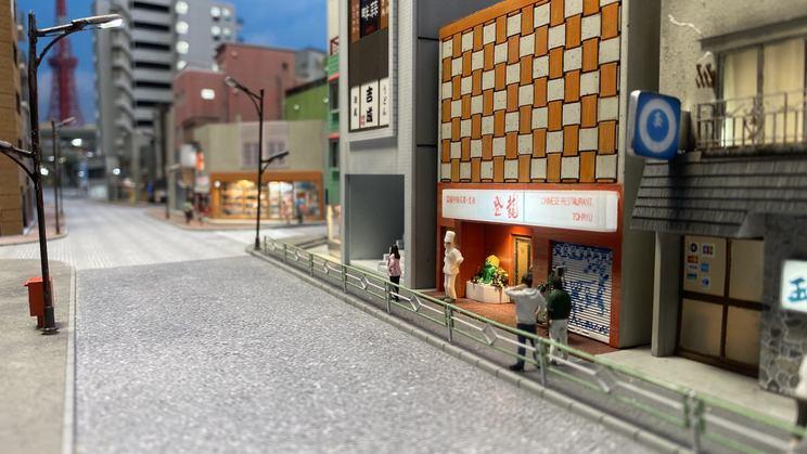 ショートドラマ『小世界家の秘密』第6話より