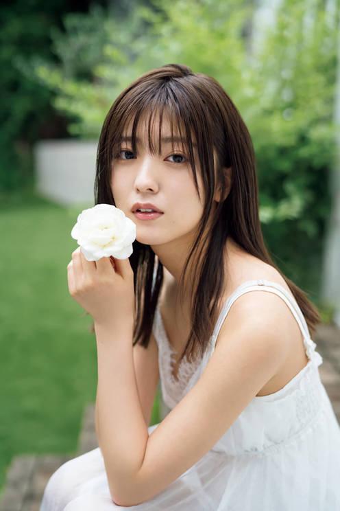 工藤美桜(©LUCKMAN/小学館・週刊ビッグコミックスピリッツ)