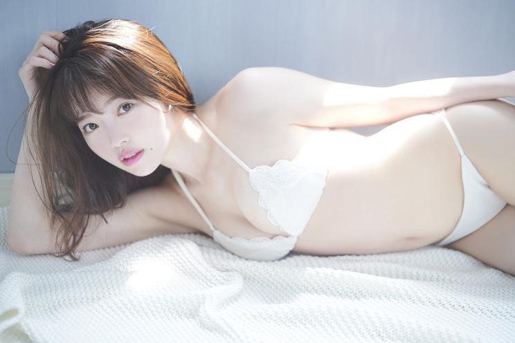 森香穂(撮影:岡本武志『B.L.T.』8月号(東京ニュース通信社刊))