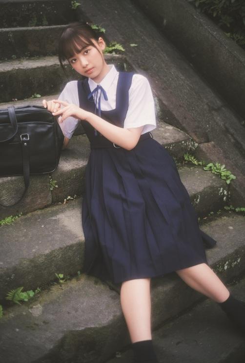 『B.L.T. SUMMER CANDY 2020』ローソンエンタテインメント購入特典ポストカード【濱岸ひより(日向坂46)】