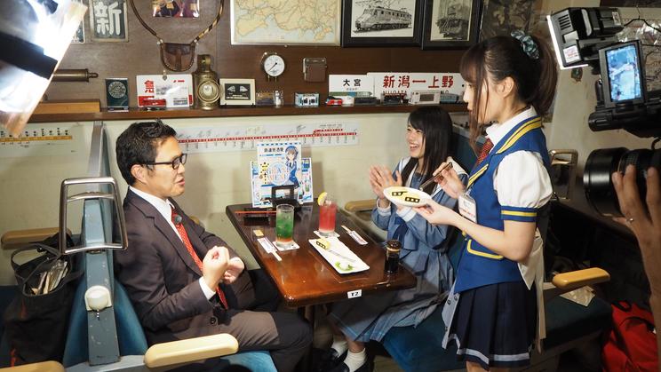 東京・秋葉原 鉄道メイドカフェにて