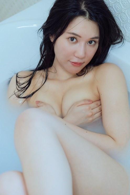 鈴木まりや『Merenda』より