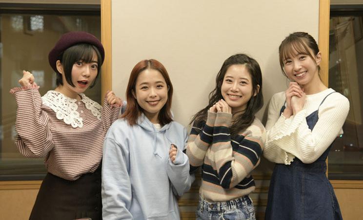 左から、十束おとは、日向ハル、奥津マリリ、佐藤まりあ(フィロソフィーのダンス)