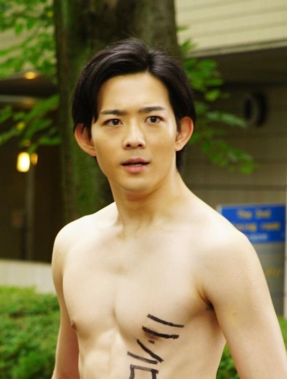 ©井上堅二・吉岡公威/講談社 ©2020 映画「ぐらんぶる」製作委員会