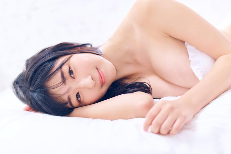 我妻ゆりか(©小学館・週刊ビッグコミックスピリッツ)