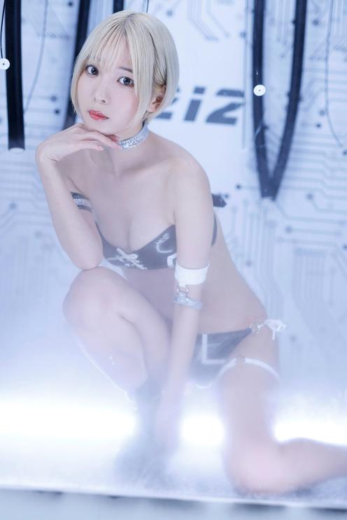 奥ゆい(#2i2) (c)横山マサト/週刊ヤングジャンプ