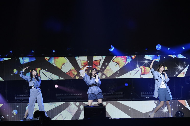 TrySail(ⓒSony Music AnimeSongs ONLINE 日本武道館)