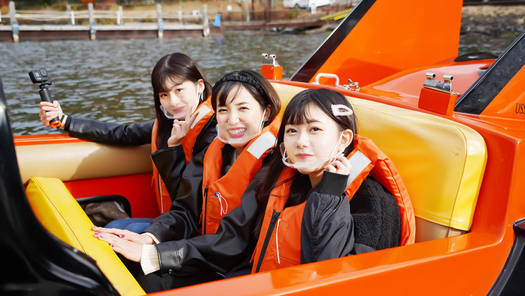 『AKB48踊る女子旅』より