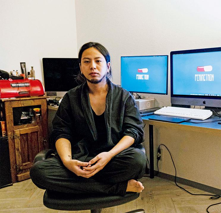 『装苑』2021年3月号より(撮影:安田如水(文化出版局))