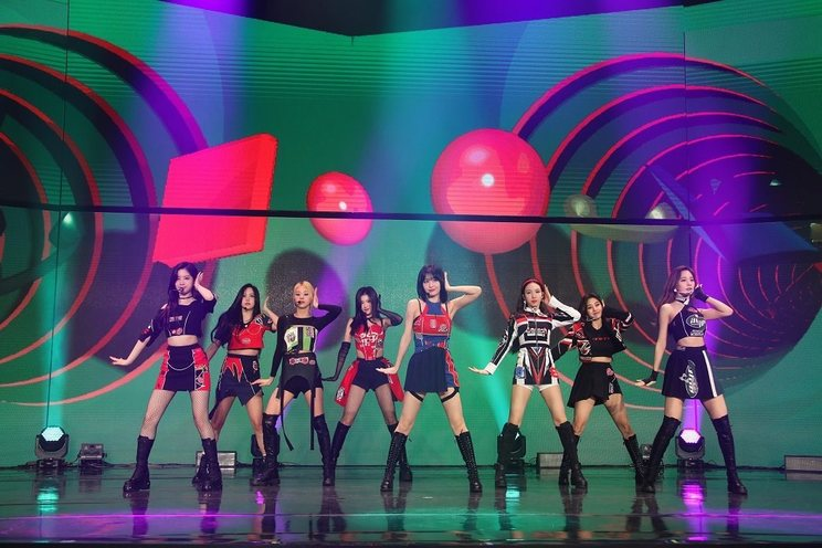 TWICE<NTTdocomo 新体感ライブ CONNECT Special Live『TWICE in Wonderland』>(2021年3月6日)