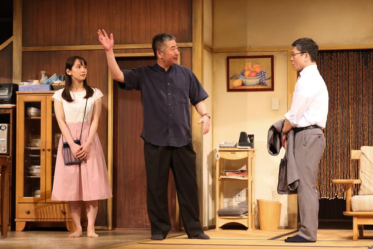 舞台<M&Oplaysプロデュース『白昼夢』>より(撮影:宮川舞子)