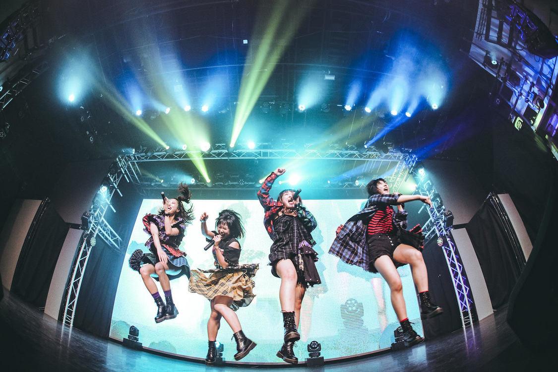 AKIARIM[ライブレポート]お披露目延期から5ヵ間で開催した念願のデビューライブ!「AKIARIMいきます」