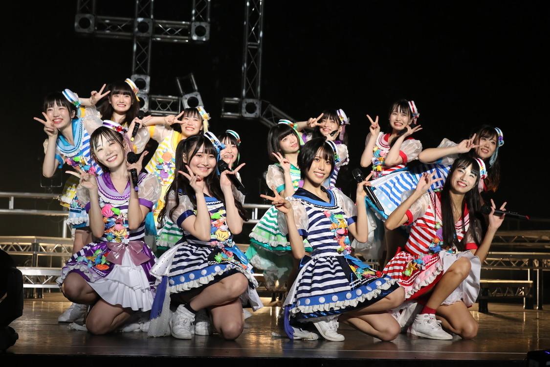 虹コン、新SG「恋・ホワイトアウト」発売決定! 10月よりワンマンライブ定期配信も