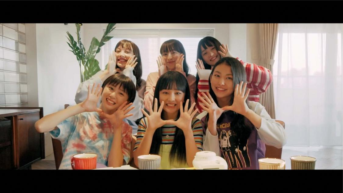 821、メンバーのリコが振付を担当した「Call My Name」MVを公開!