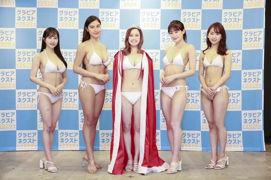 グラビアアイドル発掘オーディション<グラビアネクスト2020>グランプリ決定! 栄冠は20歳の女性社長・冨樫真凜に