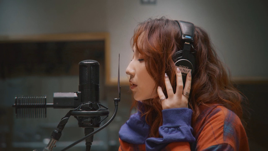 ファーストサマーウイカ、阿部真央 作詞・作曲「カメレオン」にてソロメジャーデビュー決定!