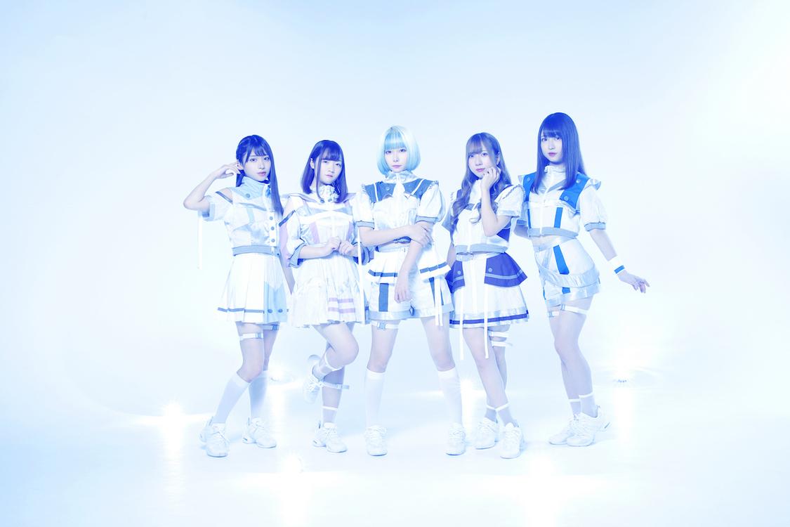 EDM系アイドルユニット・アンアルカ。、1st SGリリース決定「もっともっとアンアルカ。のことを好きになってください」