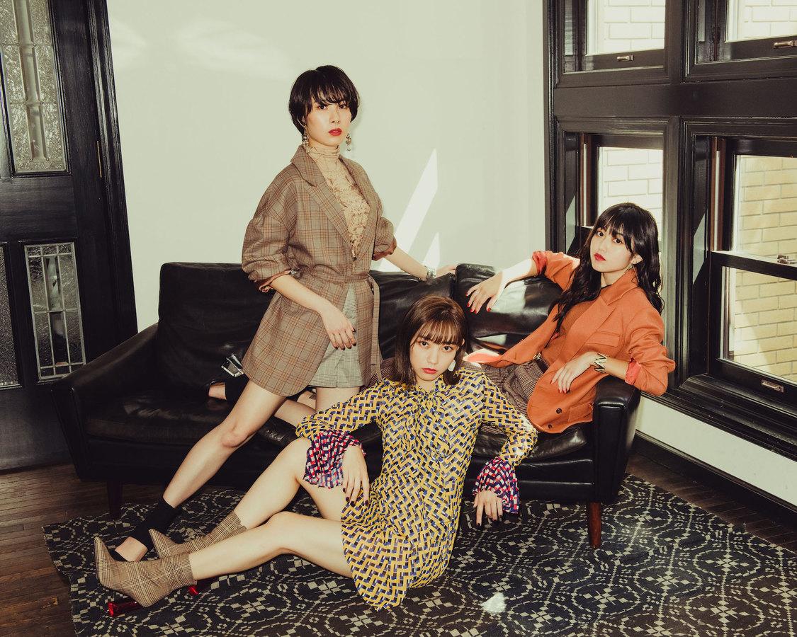 kolme、結成5周年当日のライブ映像を収めたムービーカード発売決定!