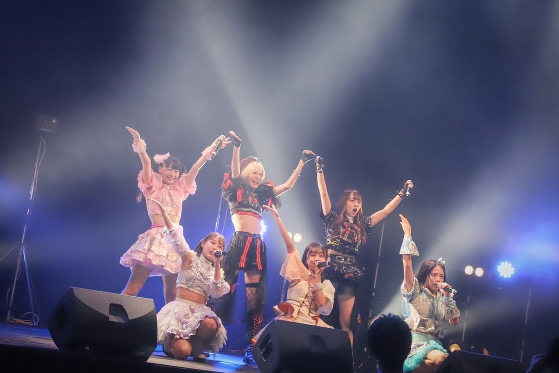 "【eN】、オーディエンスの心を躍らせる""超ハッピー""な新曲「Clap!!」初披露!"