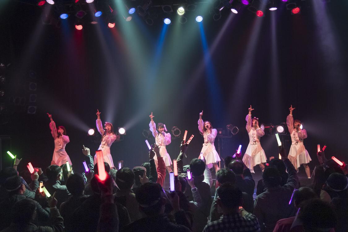 転校少女*[ライブレポート]6人新体制お披露目ライブで見せたグループの勢いと気概「みなさんを1番上に連れていきたいと思います」
