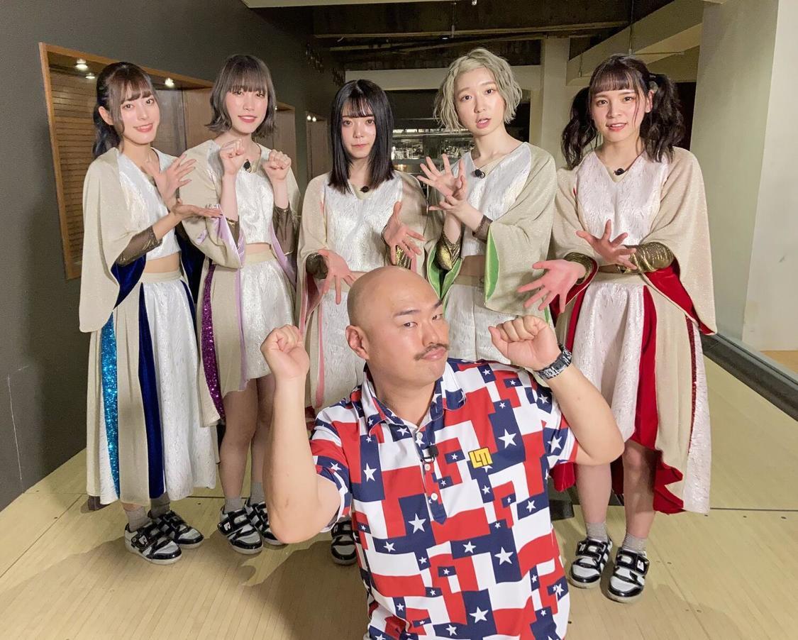 豆柴の大群、次回MVセンターはミユキエンジェルに決定!ライブ映像「MOTiONE」フル公開