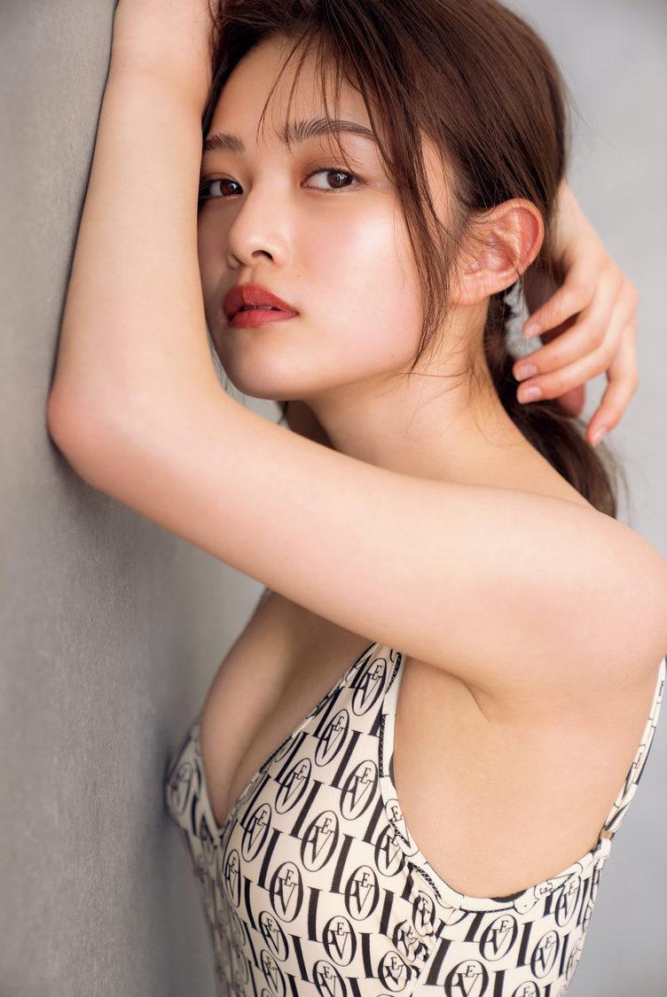 井上咲楽((C)光文社/週刊『FLASH』写真:中村和孝)