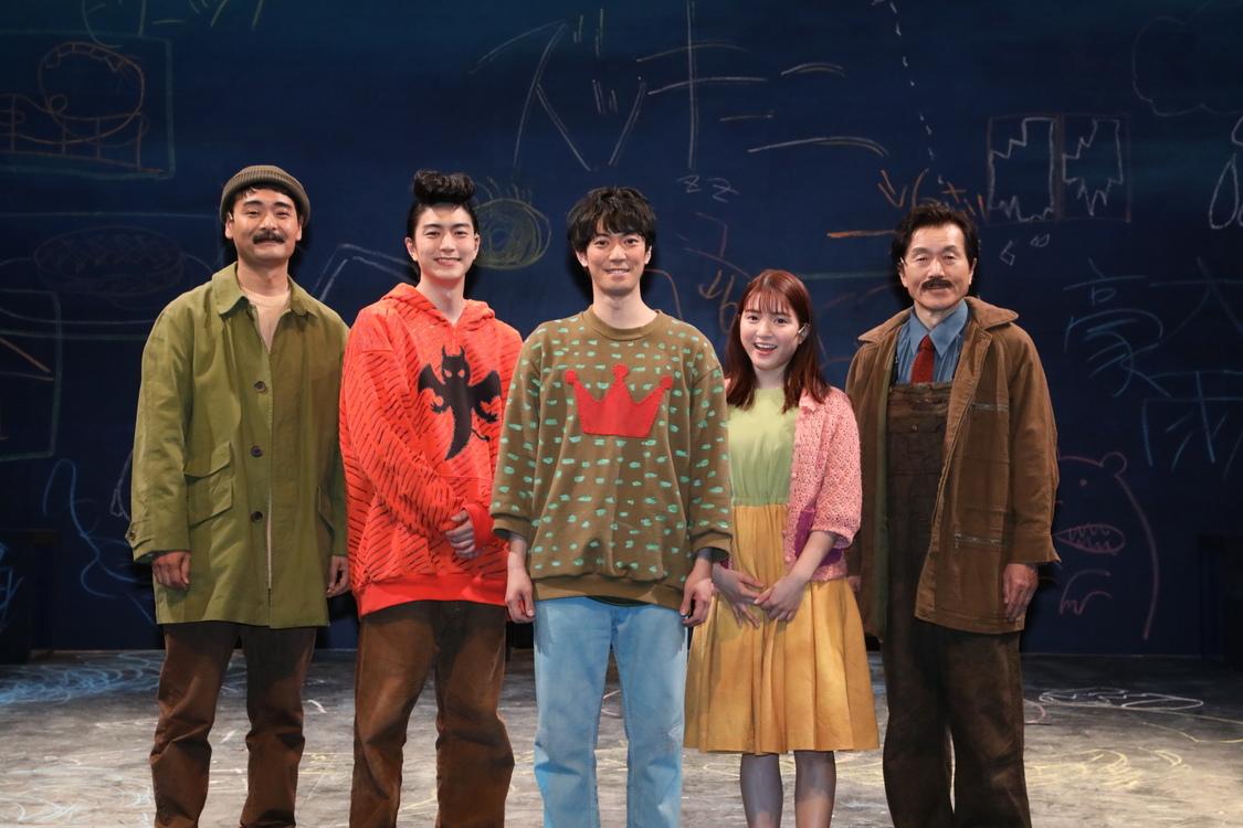 川島海荷[レポート]舞台<ぼくの名前はズッキーニ>「この童顔を自信にやっていきたいと思います」ゲネプロ終演後の心境を語る