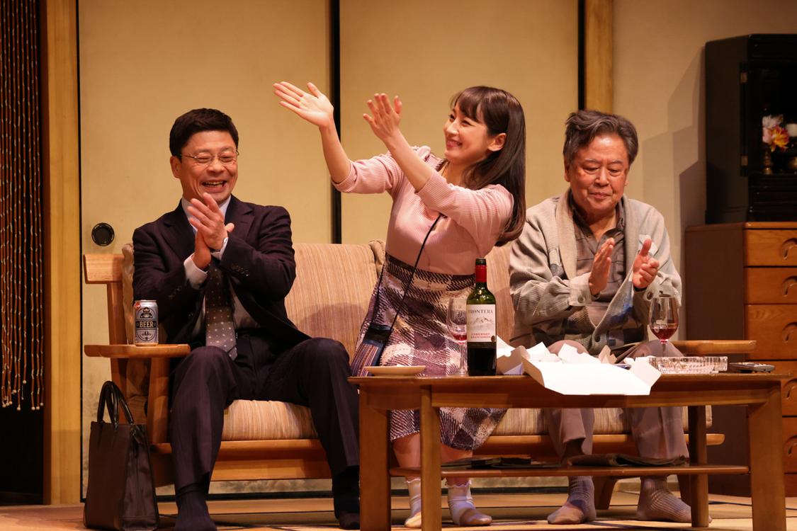 吉岡里帆出演舞台<M&Oplaysプロデュース『白昼夢』>、開幕!「ぜひ肌で感じて楽しんでいただきたいです」